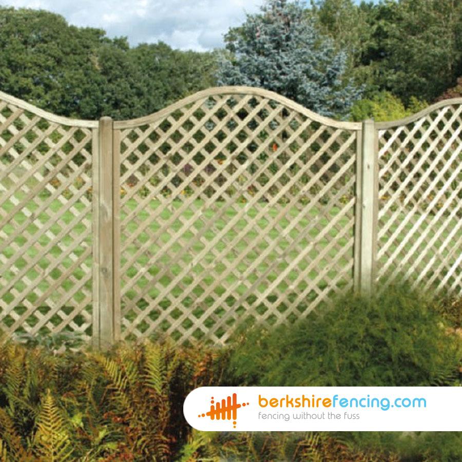 Omega Lattice Fence Panels 5ft x 6ft brown