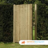 Close Board Panelled Gates (1) 1800mm x 900mm x 50mm brown