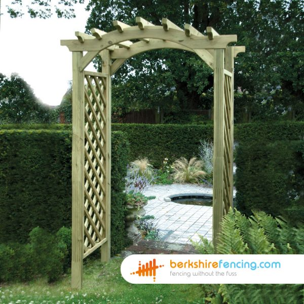 How our Elite Omega Top Arch look in a lovelly garden in Eton