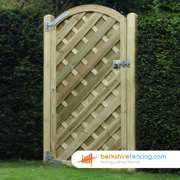 brown V Panelled Arched Top Gates 1800cm x 900cm x 2cm