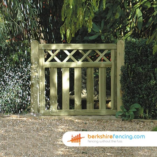 Garden Cross Top Smooth Planed Decorative Gate 900mm x 900mm x 50mm natural