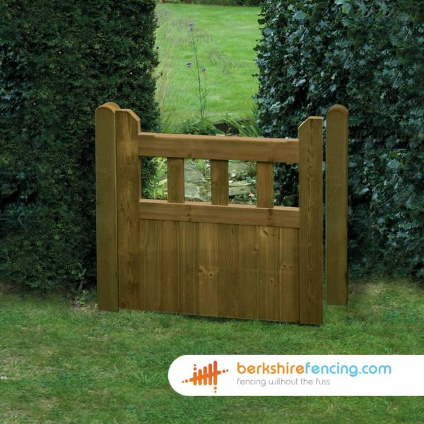 Garden Regency Smooth Planed Decorative Gate 900mm x 900mm x 50mm brown