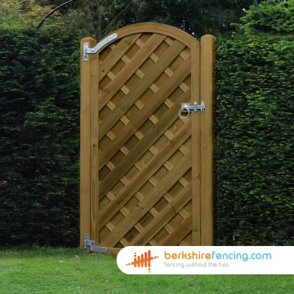 Exclusive V Panelled Arched Top Gate 1800mm x 900mm x 50mm brown