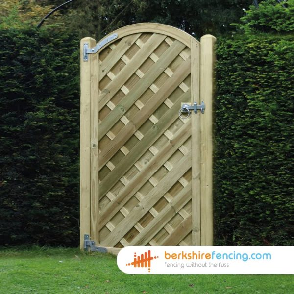 Exclusive V Panelled Arched Top Gate 1800mm x 900mm x 50mm natural