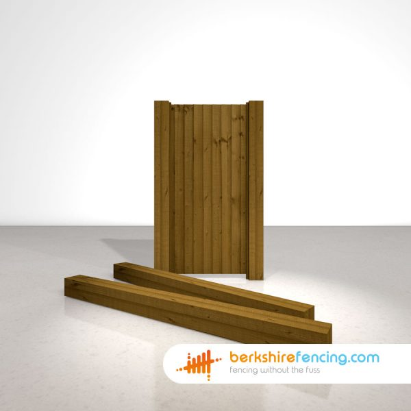 Designer Wooden Gate Posts UC4 Pointed Top 150mm x 150mm x 2100mm brown