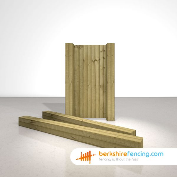 Exclusive Wooden Gate Posts UC4 Pointed Top 175mm x 175mm x 2400mm natural